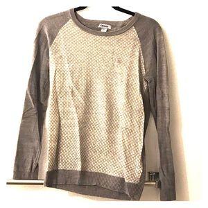 DKNY sweater size M